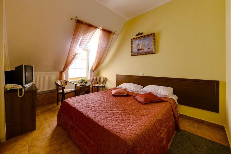 Отель Мартон Пашковский, категория улучшенный