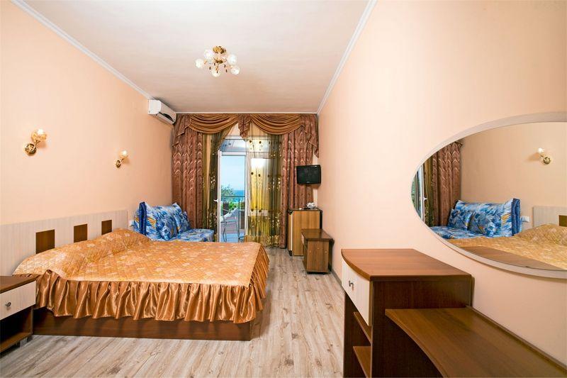 Отель Прометей (Дивноморское), категория полулюкс 3-местный 5 этаж