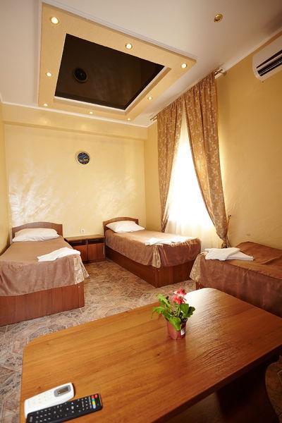 Отель Андорра, фото 1