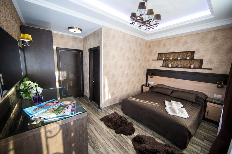 Отель Эра на Цимбалина, категория люкс