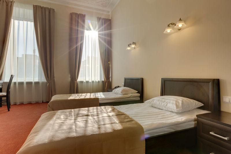 Отель Соло на Литейном проспекте, категория комната улучшенная с видом на город с одной или двумя кроватями