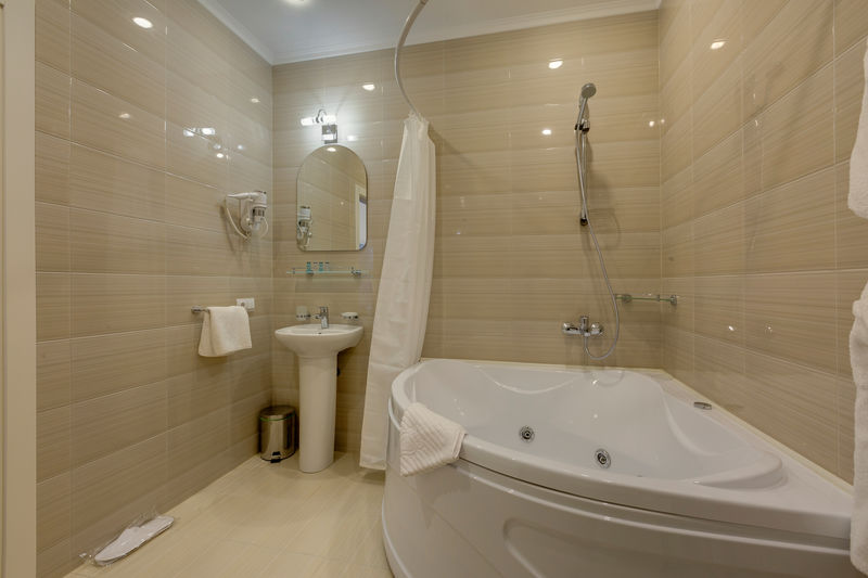 Отель Соло на Литейном проспекте, категория комната 2 местная с кроватью и гидромассажной ванной