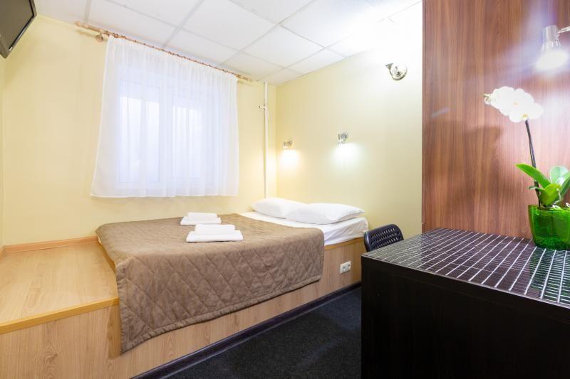 Отель Мини-отель Каширский, категория 2-местный стандарт Цокольный этаж