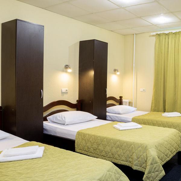 Отель Мини-отель Авиамоторная, категория койко-место в стандартном 3-местном номере
