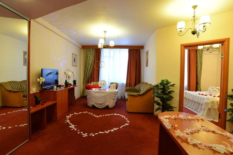 Отель Евротель Центральный, фото 1