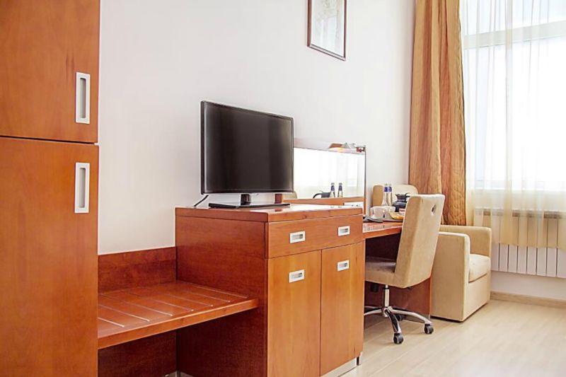 Отель Ареал-Ин, категория бизнес с двумя односпальными или одной двуспальной кроватью