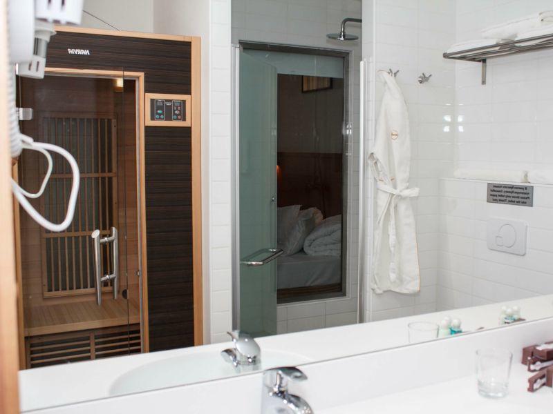 Отель Ареал-Ин, категория комфорт с ванной и инфракрасной сауной