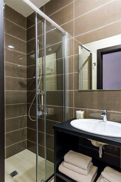 Отель Елисеевский, категория улучшенный стандартный номер с мини-кухней фасадный