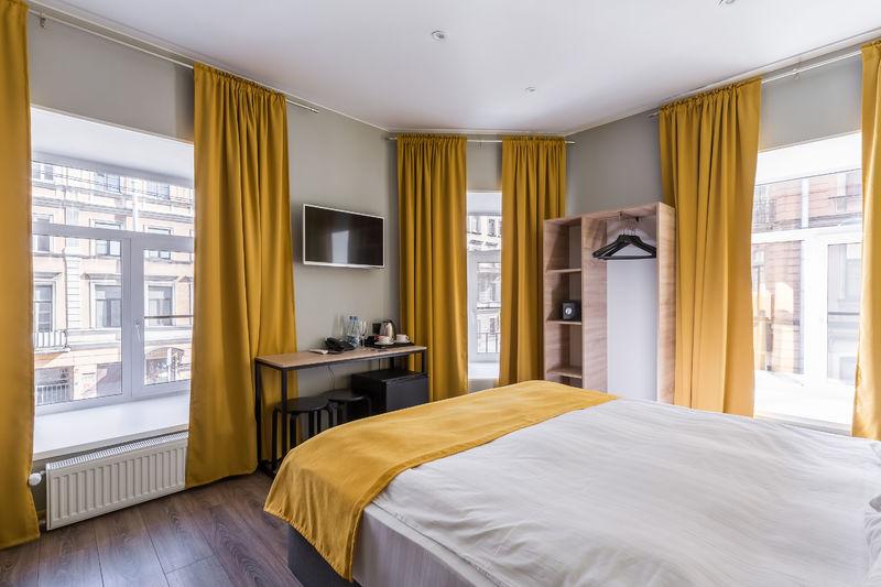 Отель Демут отель, категория улучшенный с кроватью размера king-size