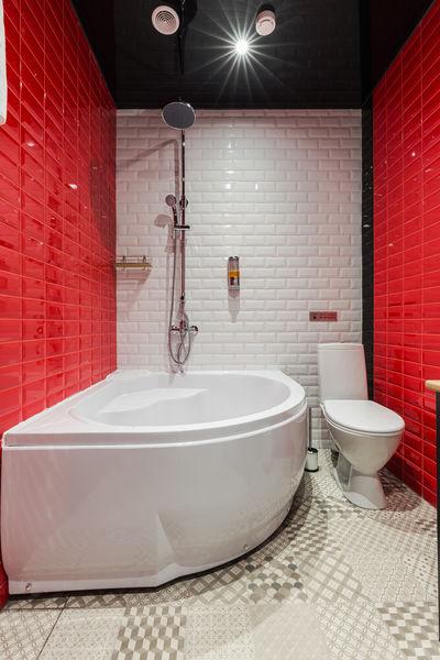 Отель Демут отель, категория улучшенный двухместный номер с ванной