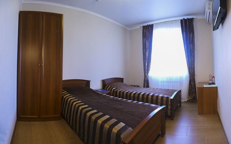 Отель Круиз, категория полулюкс