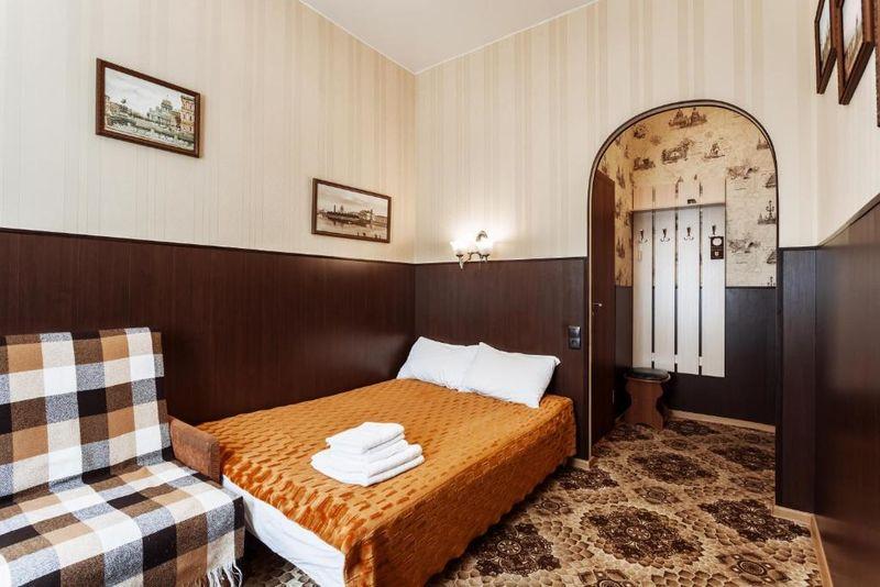 Отель Гостевой Дом Романовых, категория номер небольшой двухместный