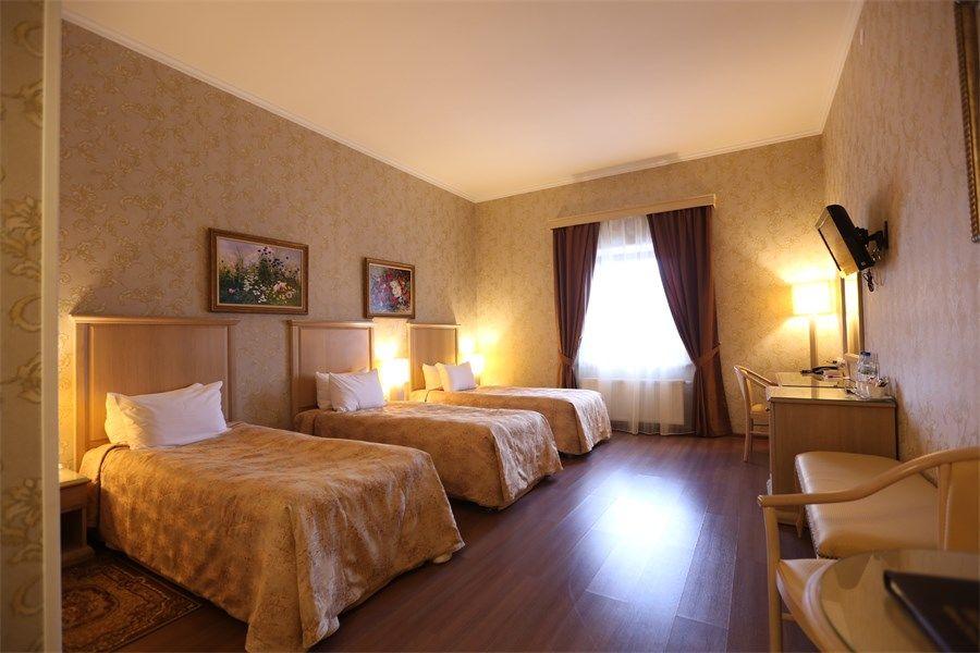 Отель Николаевский Посад, категория стандартный 3-местный