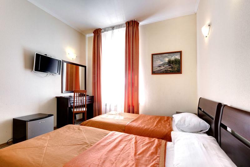 Отель Соло на Большом проспекте, фото 1