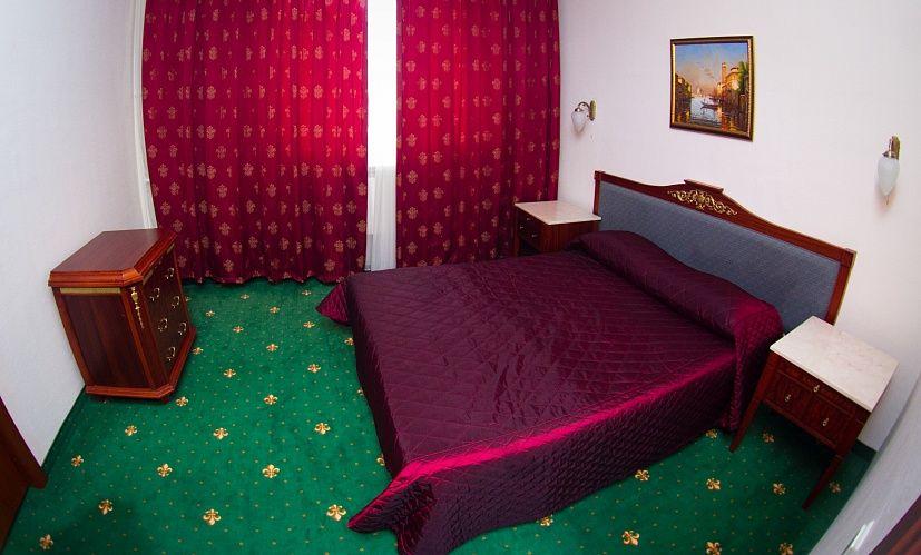 Отель Отель Парк Крестовский, категория люкс