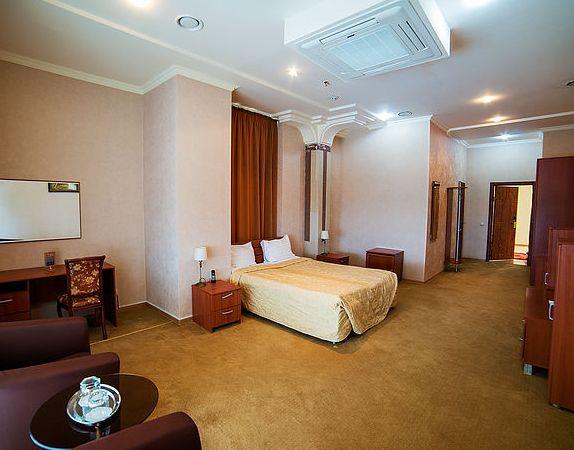 Отель Роял, фото 1