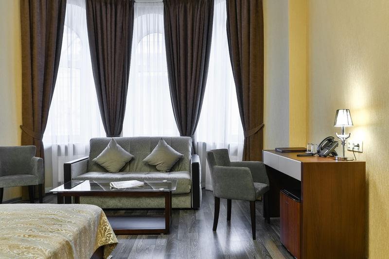 Отель Аллегро на Лиговском проспекте, категория люкс