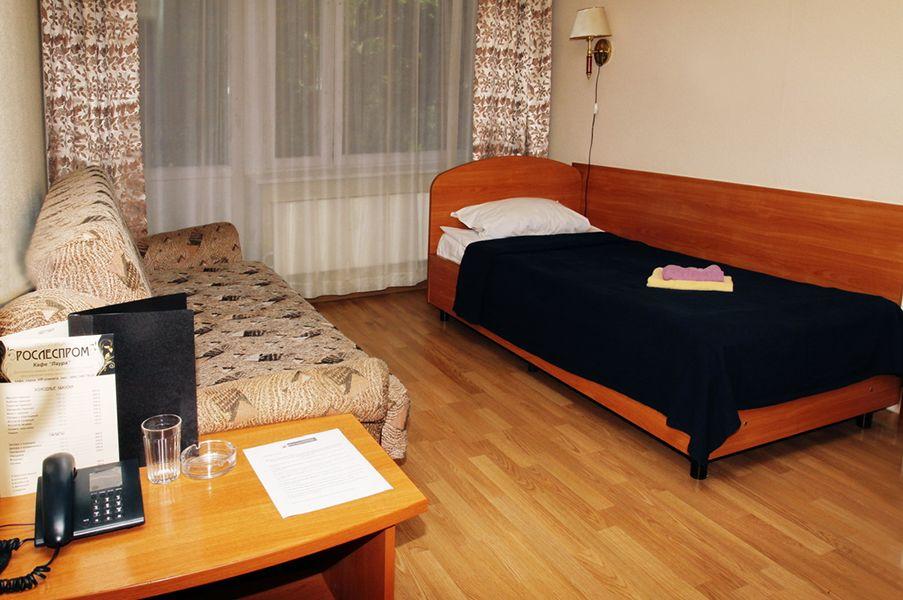 Отель Рослеспром, категория стандарт 1-местный в блоке (Общие удобства)